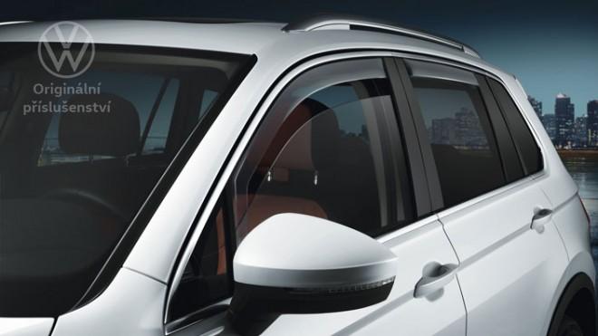plastový kryt okna <small>vzadu, Touareg</small>